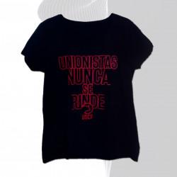 Modelo Femenino. Camiseta...