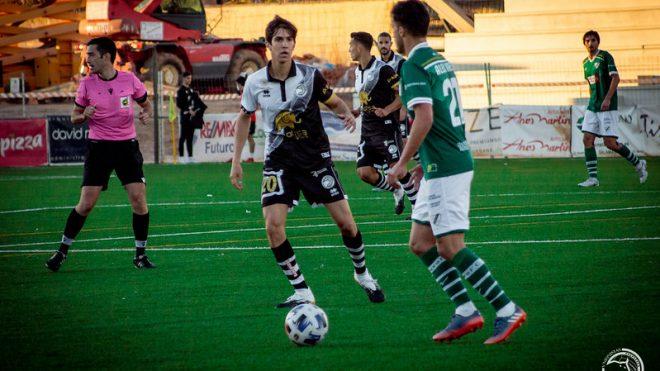 JORNADA 5 | Unionistas de Salamanca vence al Coruxo FC y se aúpa a la tercera plaza